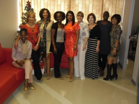 Da sinistra a destra: Brenda Khumalo, Anna Maria La Rosa, Cinzia Bordino, Ana Manhica, Sharita Chetty, Julia De Franca, Bianca Becker, Letsie Mankobo, Sonya Langeveld.